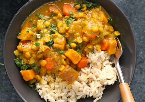 thai-veg-curry-and-rice